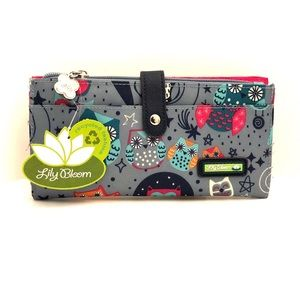 LILY BLOOM Night Owl Liza Travel Wallet